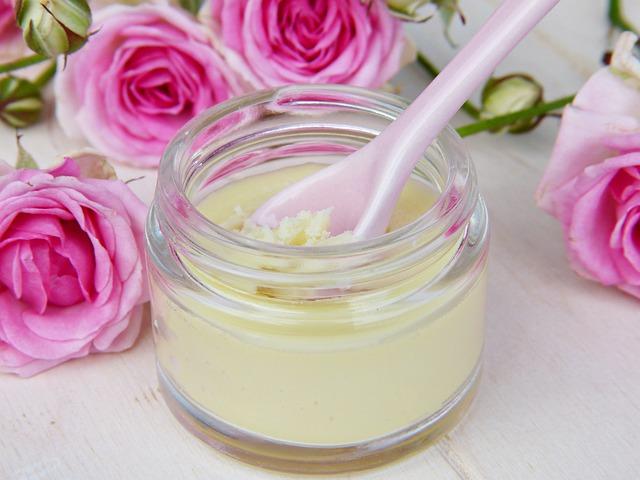 5 przepisów na naturalne kosmetyki do pielęgnacji ciała, włosów i paznokci