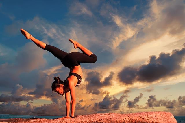Jakie są zalety jogi? Dlaczego warto ćwiczyć jogę?