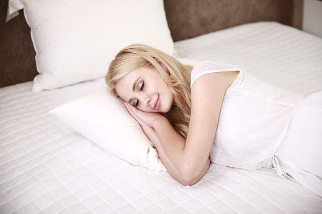 Sposoby na dobry sen. Jak dobrze spać?