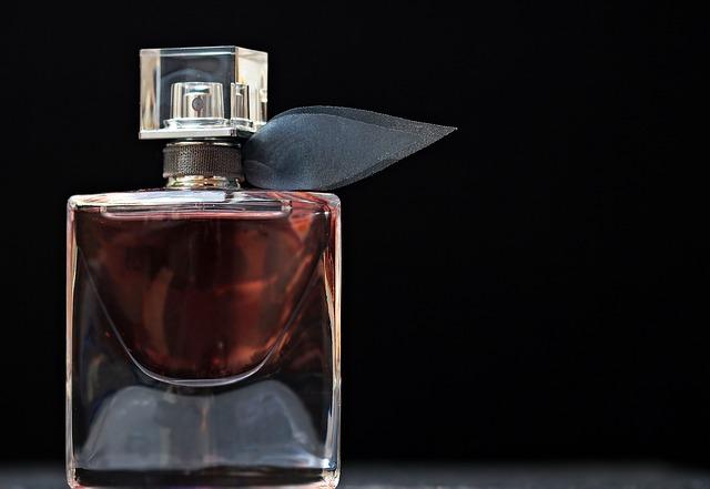 TOP5 perfum wszech czasów. Jak wybrać zapach dla siebie?