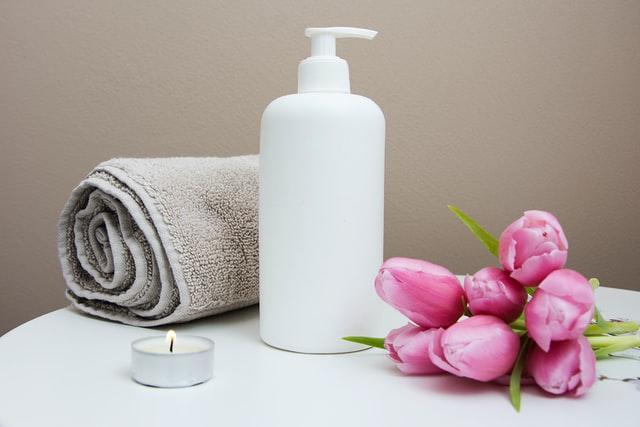 Butelka i ręcznik