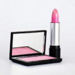 Czerwona czy różowa szminka? Jaka szminka dla brunetek?