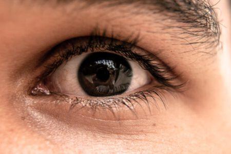 Jak zlikwidować worki pod oczami?
