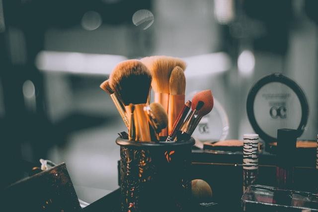 pędzle do makijażu i kosmetyki